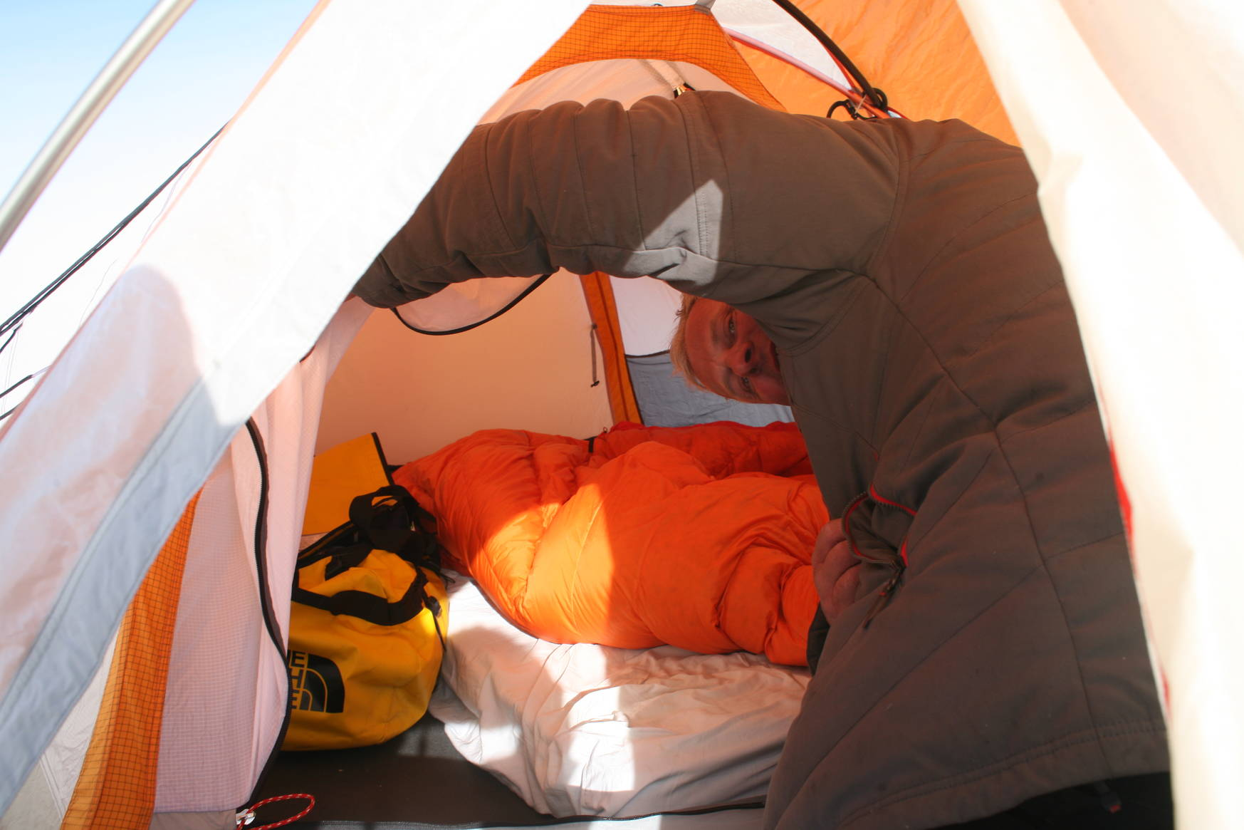 It's unheated, good that there is a cozy sleeping bag inside!